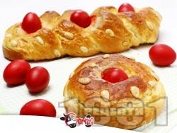 Домашен козунак на руло със свинска мас, яйца, локум и орехи (с мая) - снимка на рецептата